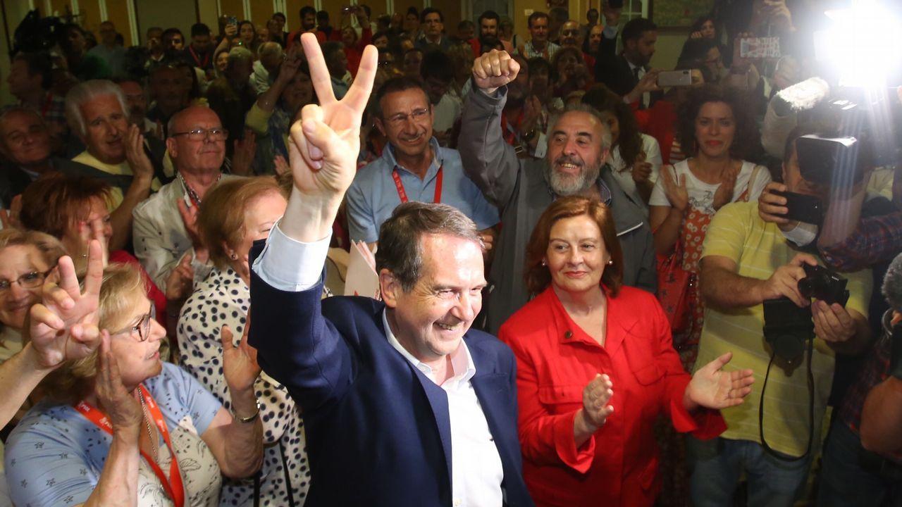 Manuel Soto, una vida dedicada a Vigo.Otra persepectiva única, las Cíes con la ciudad de fondo