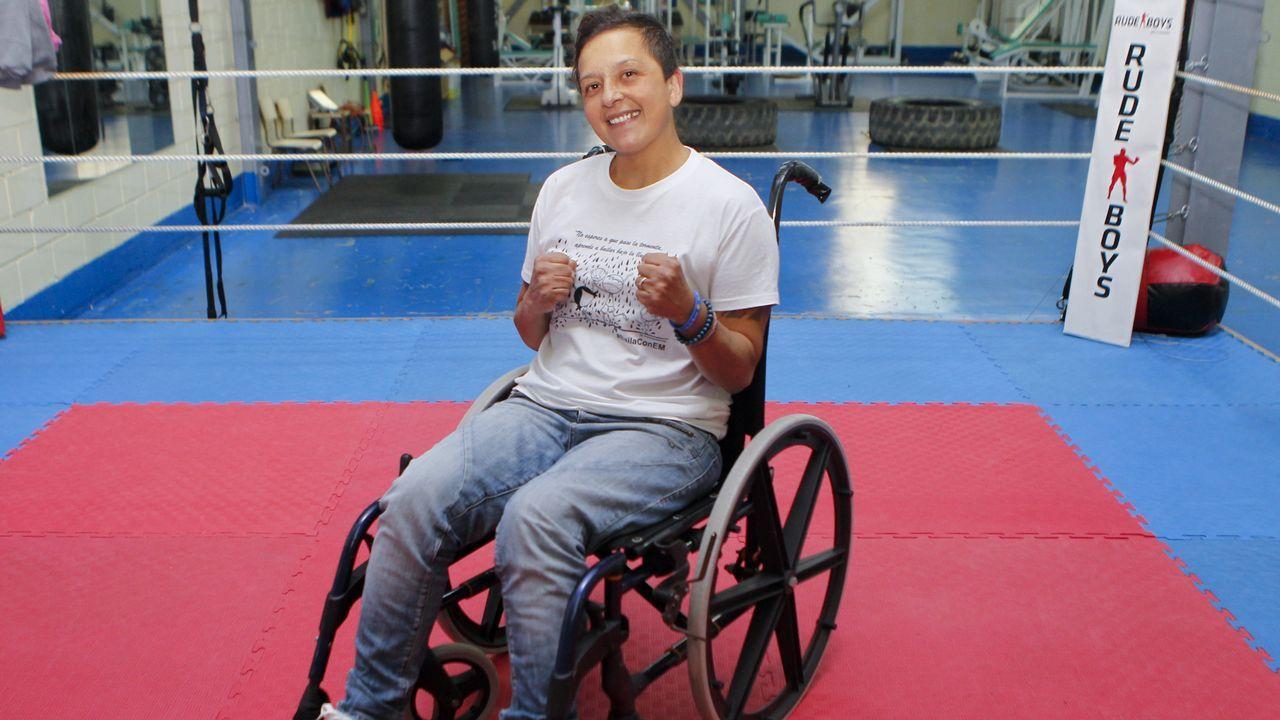 Lorena Bermúdez, un gancho a la esclerosis múltiple.Chano Planas, Juan Carlos Bas y Manolo Planas, en el gimnasio al que acudía el malogrado Pablo