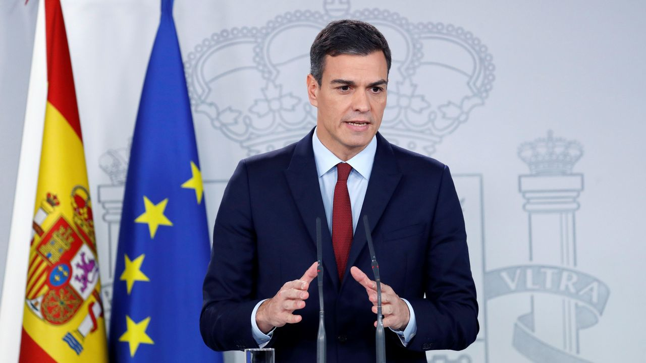 España levanta el veto y votará a favor del «brexit».El presidente del Consejo Europeo, Donald Tusk