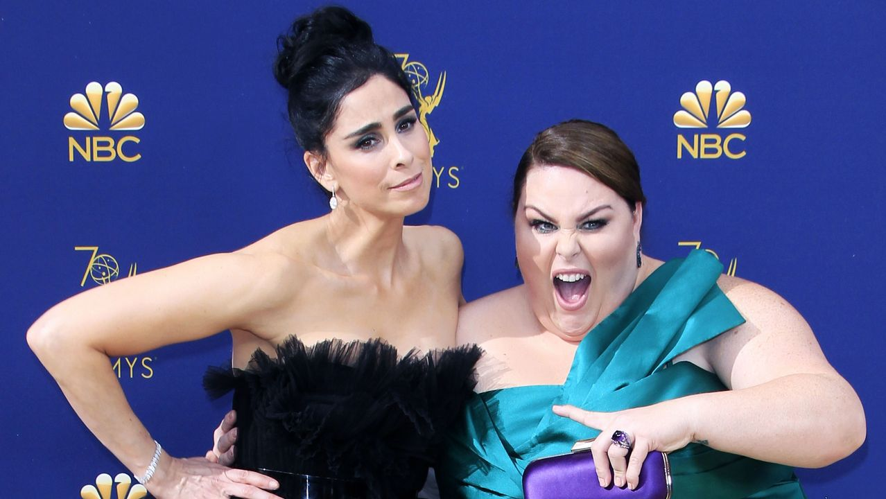 Emmy 2018: Sarah Silverman y Chrissy Metz