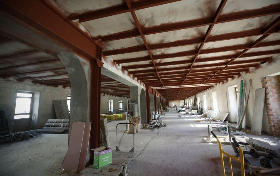 Una visita completa al (posible) futurode Tabacalera.Fábrica de Armas de Oviedo
