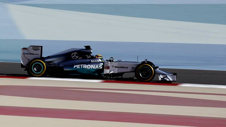 McLaren persigue mejoras