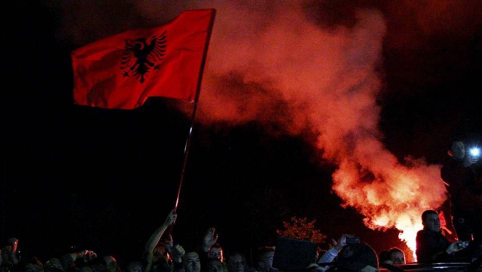 El caos del Serbia-Albania, visto desde las gradas.Bogdanov, en el Italia-Serbia del 2010