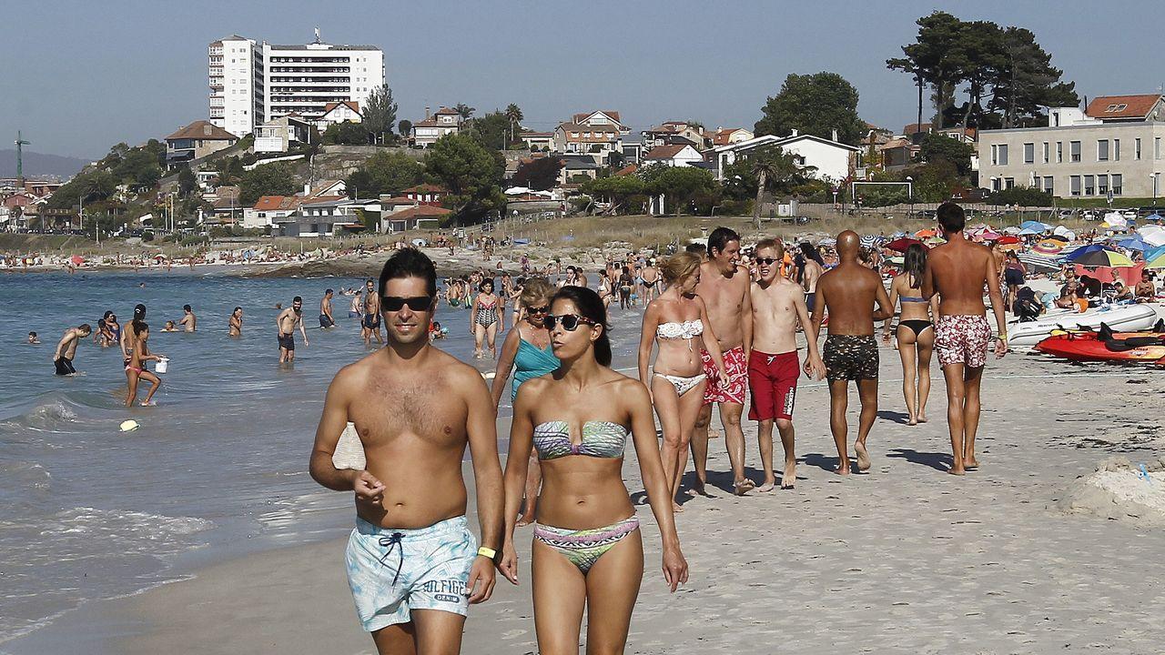 Urbanizaciones a pie de playa en O Vao