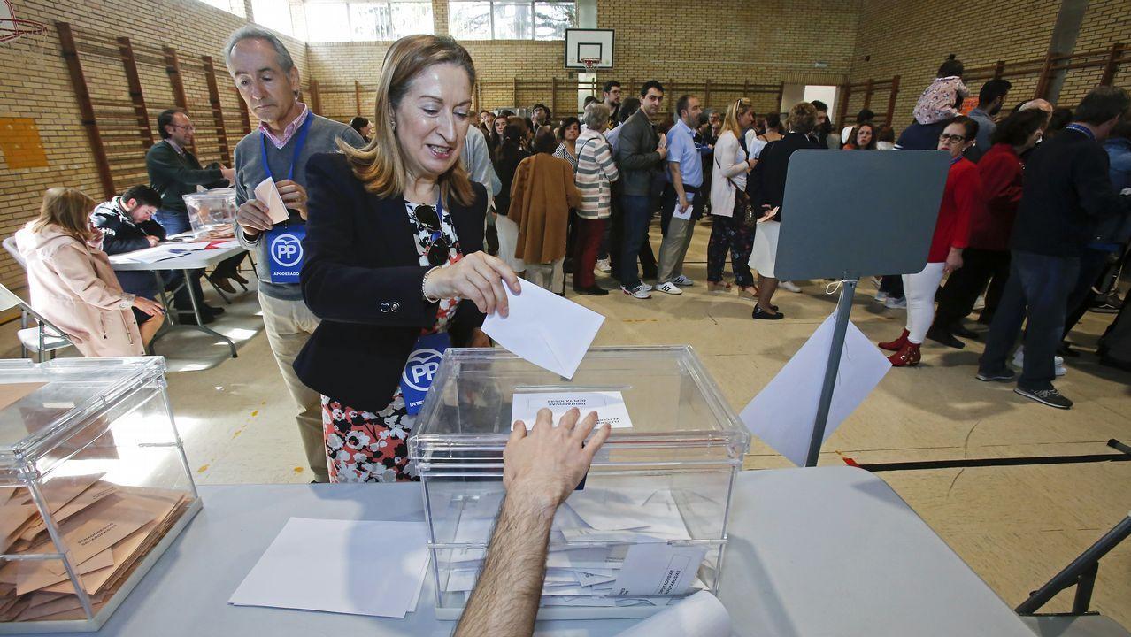 El último adiós a Rubalcaba, en imágenes.Pastor, en la votación de las generales el pasado domingo 28 de abril, en Pontevedra