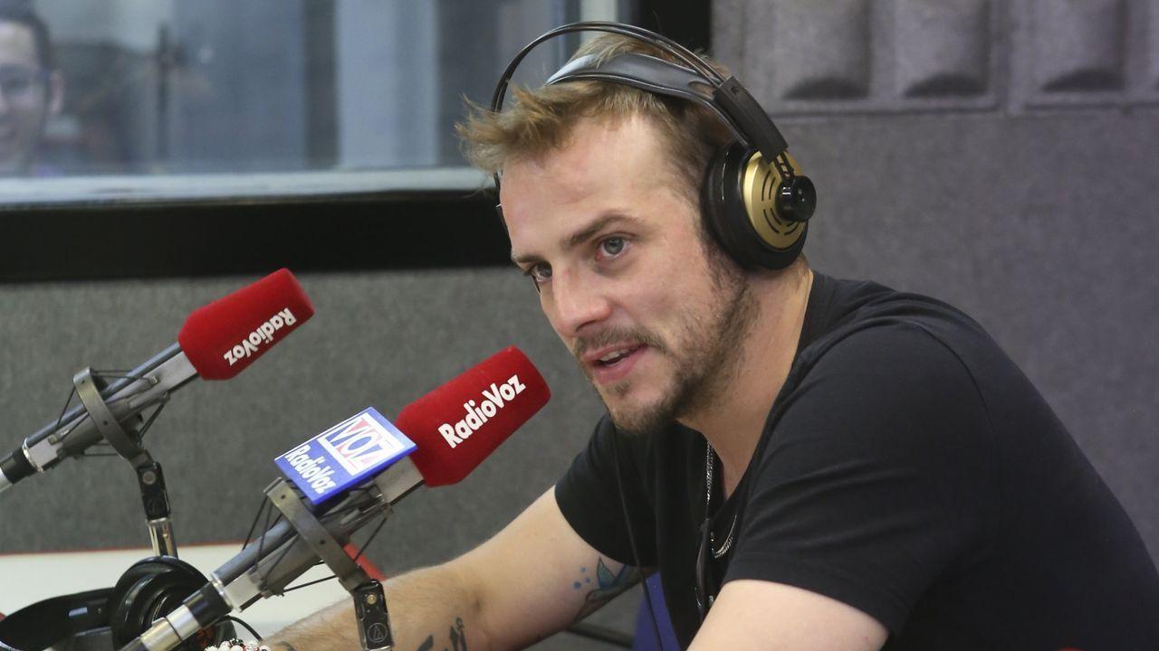 El cantante Alex Casademunt, en una visita a Galicia en el 2018