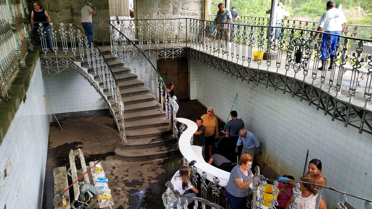 Vecinos del Camiño do Freixo, atrapados por un muro en riesgo de derrumbe.El colegio Antonio Palacios (O Porriño) es uno de los pioneros de los programas de Teachers for Future