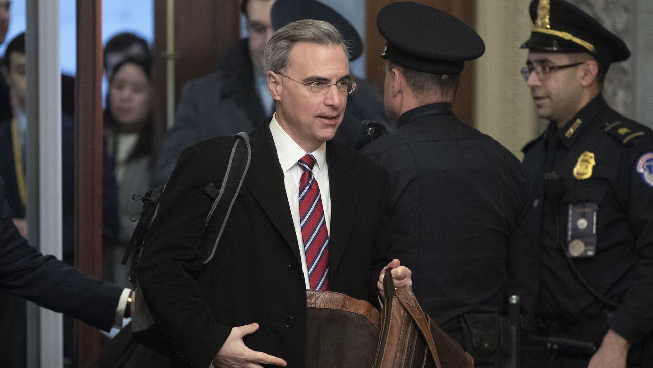 El abogado de la Casa Blanca, Pat Cipollone,  intervinó en la sesión del sábado en el Senado