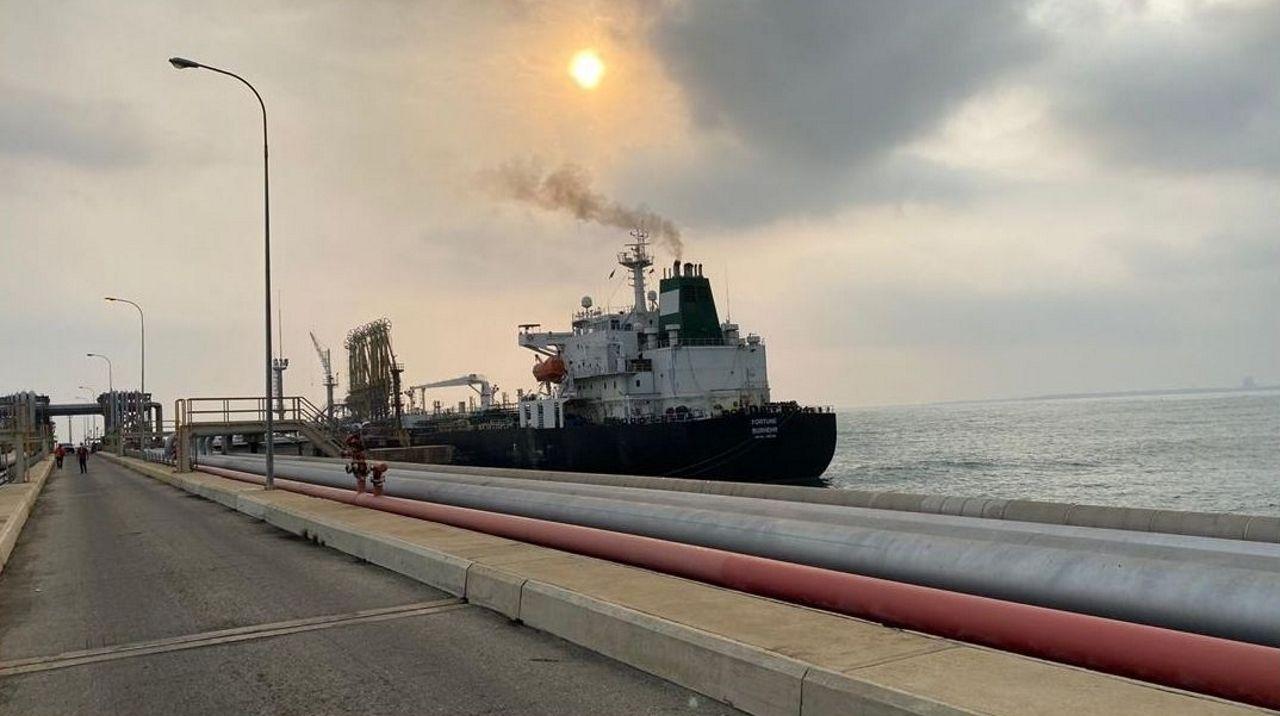 El buque iraní Fortune fue uno de los petroleros que logró atraca en mayo en el puerto El Palito, una de las mayores refinerías de Venezuela