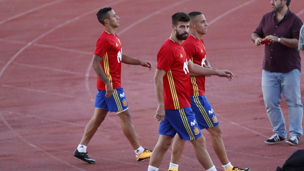 Abucheos a Piqué en el entrenamiento de la selección española