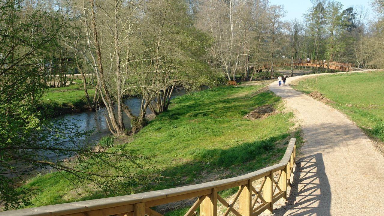 ruta ciclista por el río Mero