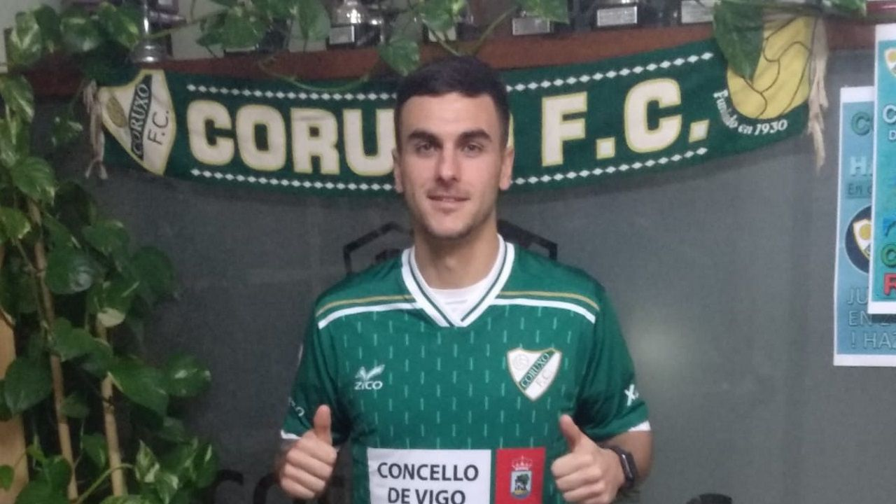 Carlos Hernández durante el Oviedo-Sporting