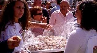 Una imagen de la pasada edición de la Festa do Melindre, el producto más reconocible de la zona