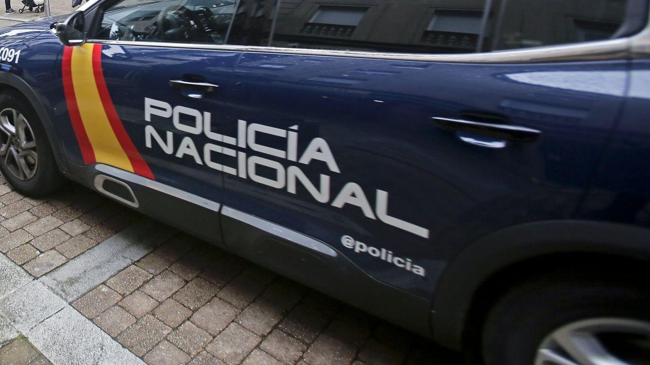 Los equipos de emergencia trabajan en el edificio que explotó en el centro de Madrid.Macarena Olona, esta mañana en la entrevista en TVE