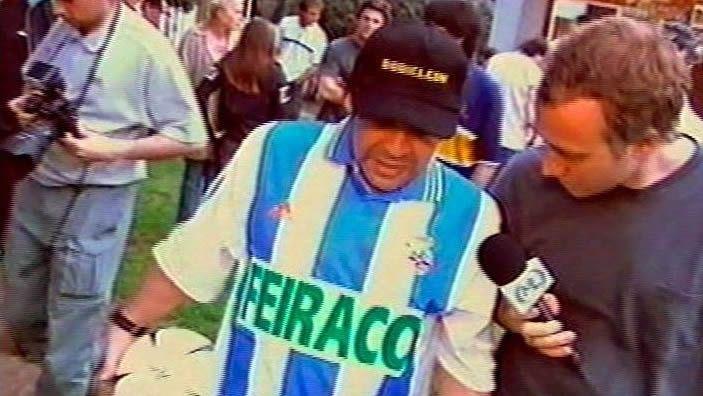 El obsequio del Turu Flores a Maradona fue hace justo 20 años