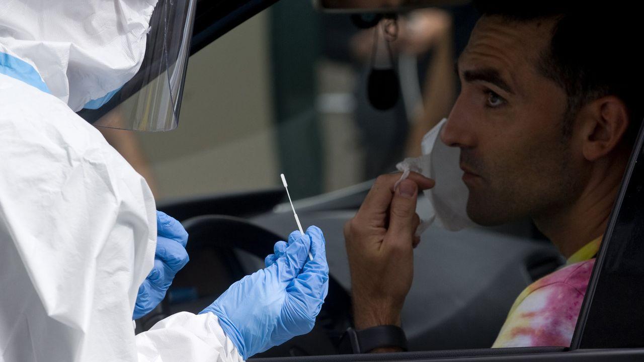 Los nuevos brotes dispararon también el número de pruebas PCR