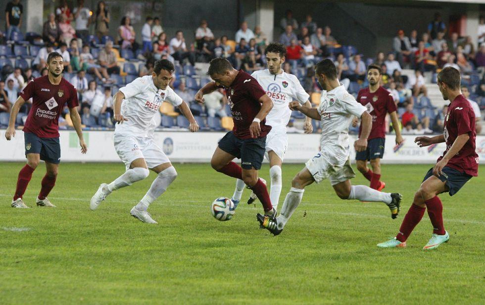 El Sanxenxo-Ribadumia, en imágenes.El Boiro sigue siendo un equipo que exige al rival brillar al máximo nivel para ganar en Barraña.