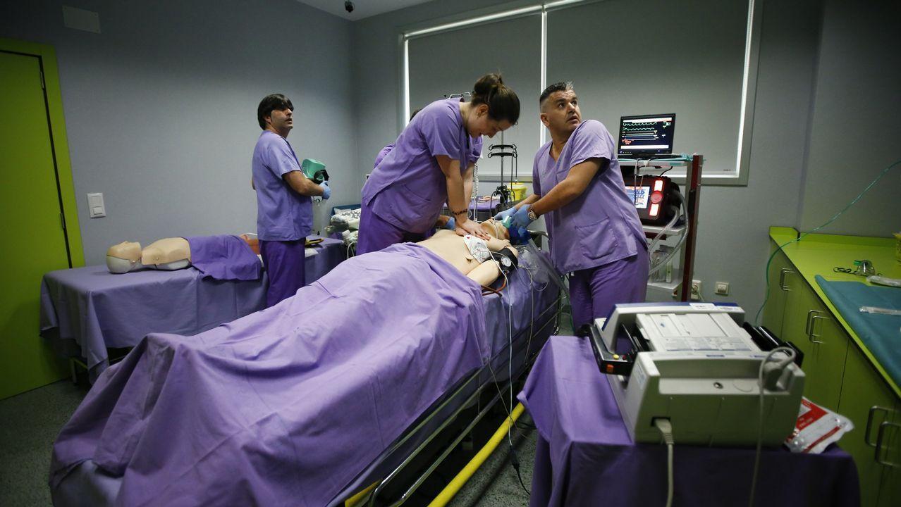 Fernando Trasplante. Curso de la Sociedad de Emergencias y la Organización de Trasplantes en A Coruña, un programa formativo que utiliza maniquíes de simulación médica avanzada