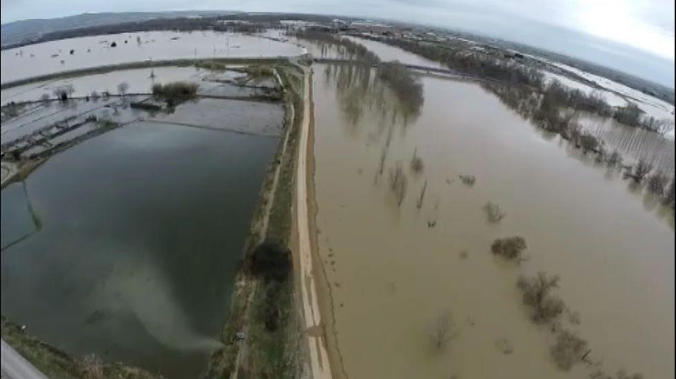 El impresionante desbordamiento del Ebro, visto desde el aire.Crecida del río Ebro