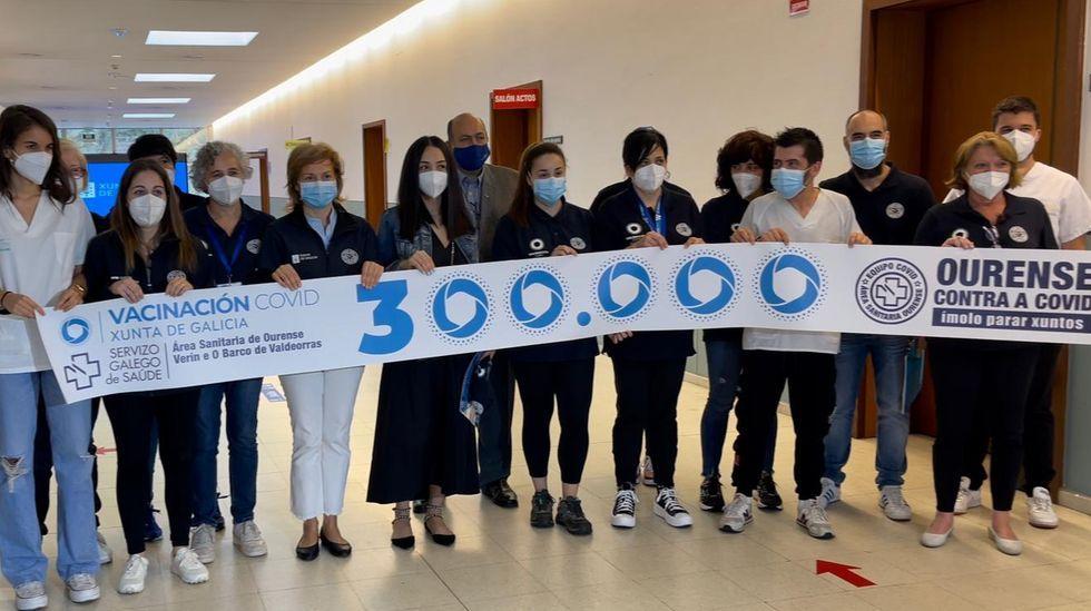 Ourense celebra las 300.000 vacunas.CHUO