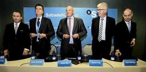 La historia de las cajas gallegas, en imágenes.El consejo de administración del Sabadell Gallego celebró en A Coruña su segunda reunión.
