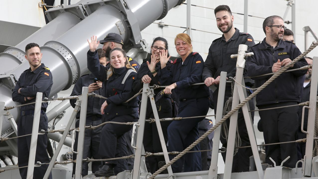 Regreso de la fragata Cristóbal Colón a Ferrol tras cinco meses con la OTAN.La Méndez Núñez, en la localidad turca de Samsun