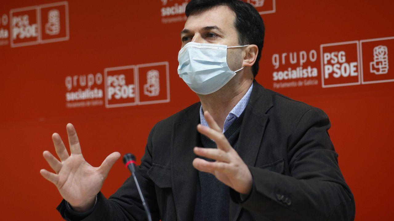 La comarca ferrolana, en huelga.Alberto Núñez Feijoo, en el pleno del Parlamento