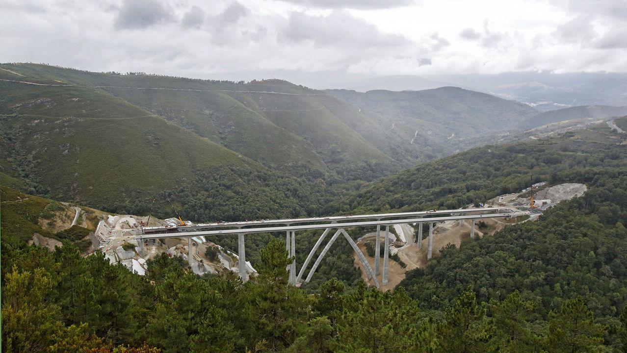 El viaducto de Teixeiras estaba en uno de los tramos que estaban suspendidos
