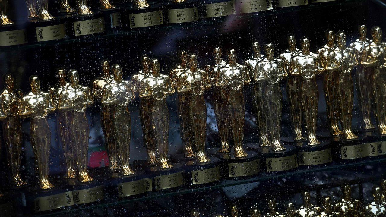 Los ganadores de los Óscars, en imágenes.Rut pintando una de las piezas de la película «El Hogar de Miss Peregrine», de Tim Burton