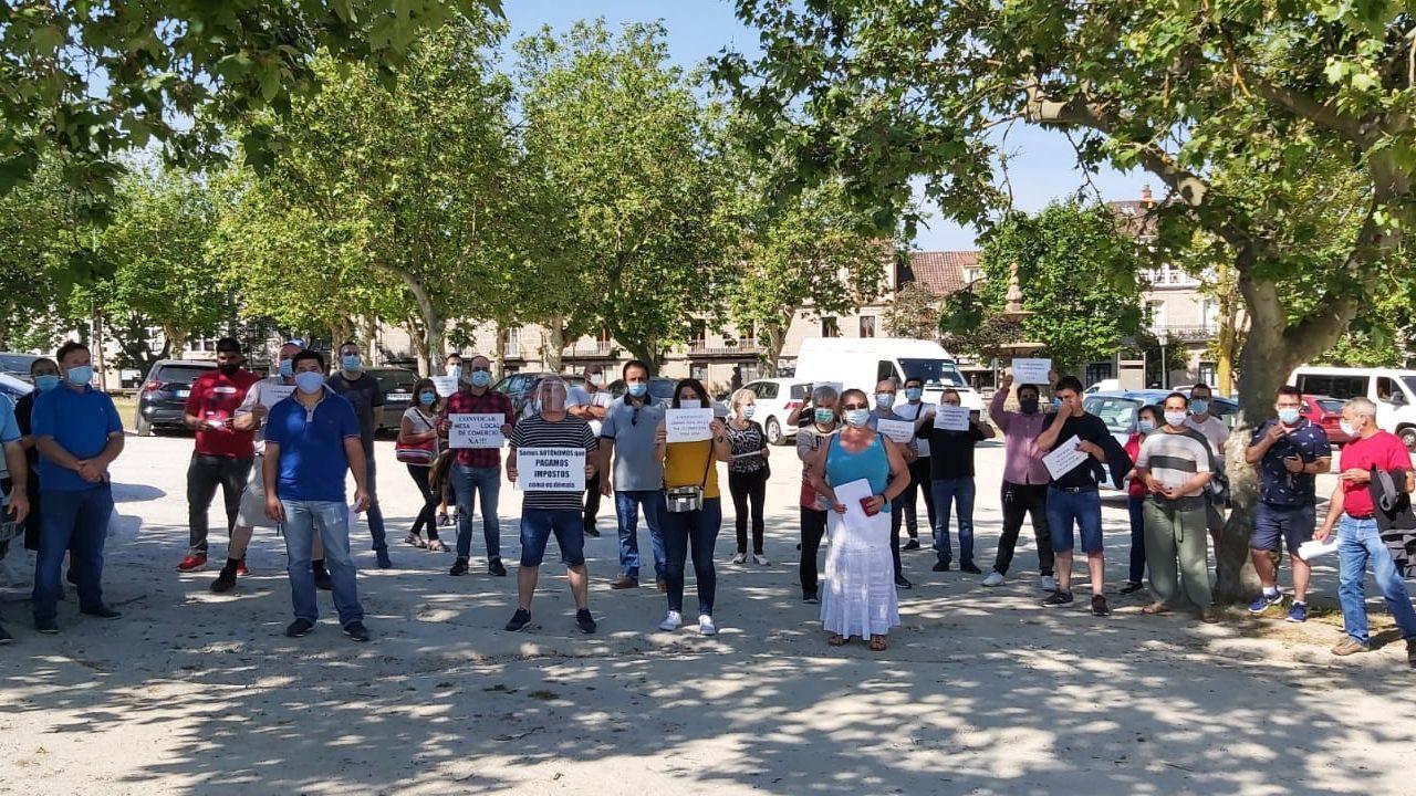 Los feriantes están en desacuerdo con las nuevas fechas y ubicación de los mercados callejeros en Allariz