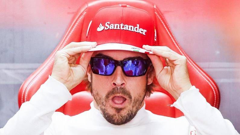 Sensual aniversario.Parada en el box de Ferrari en el GP de Brasil
