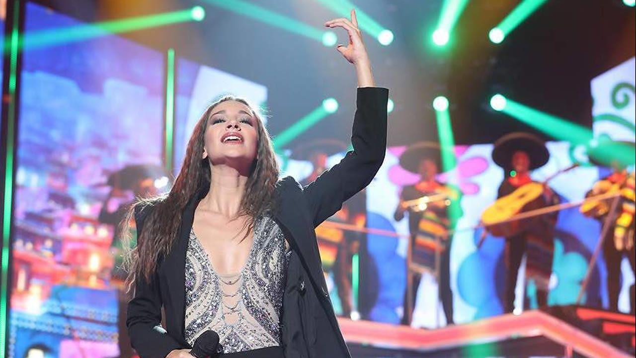 Cepeda responde tras declarar su amor incondional a Aitana.Un fotograma de «Bailando con las estrellas», que estrenó la BBC y se ha exportado a 55 países. Llega a España de la mano de TVE