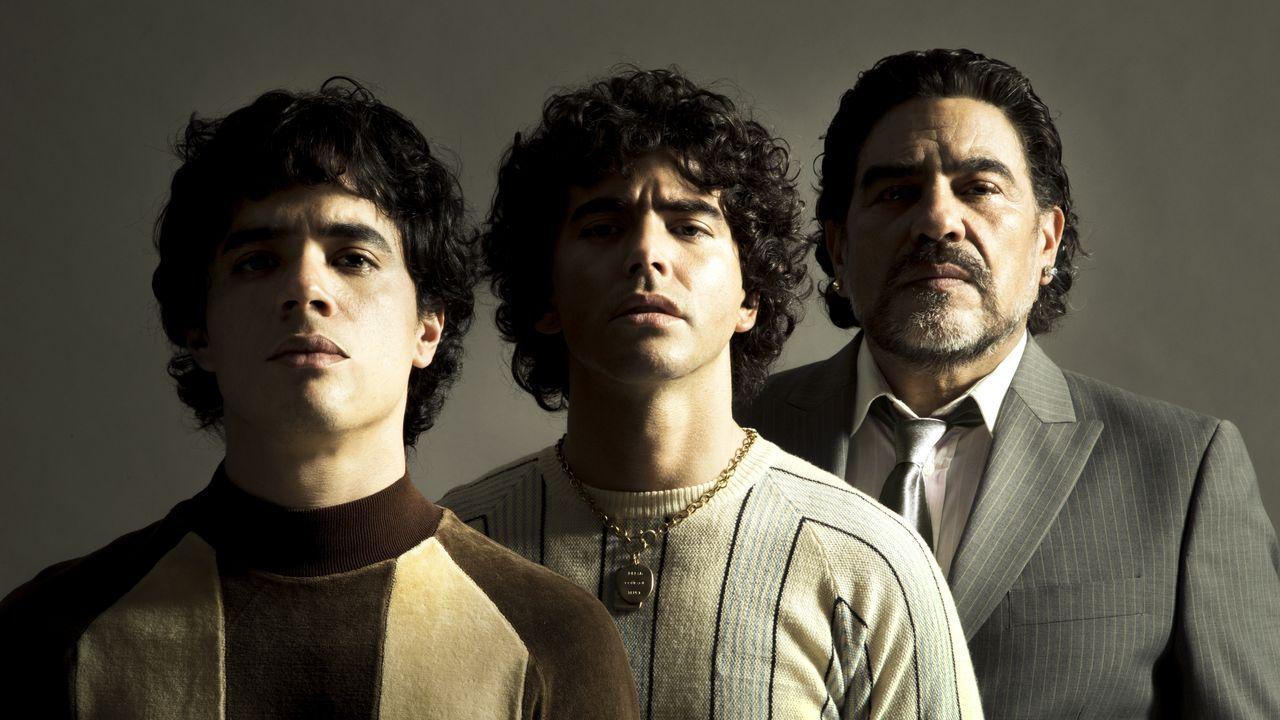 NIcholas Goldschmidt, Nazareno Casero y Juan Palomino encarnan tres edades de Maradona.