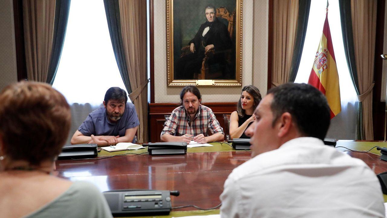 Iglesias comunica a Sánchez que renuncia a estar en el Gobierno.Iglesias, reunido con el sindicato vasco ELA el jueves