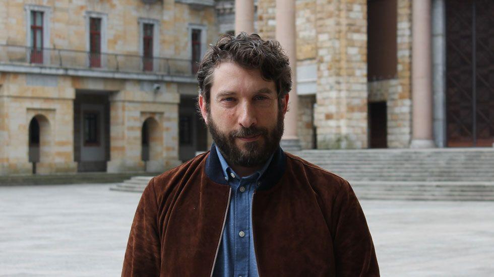 «No conocía ni Cambados ni Arousa, escribimos el guion de 'Airbag' de oído».Sergio G. Sánchez