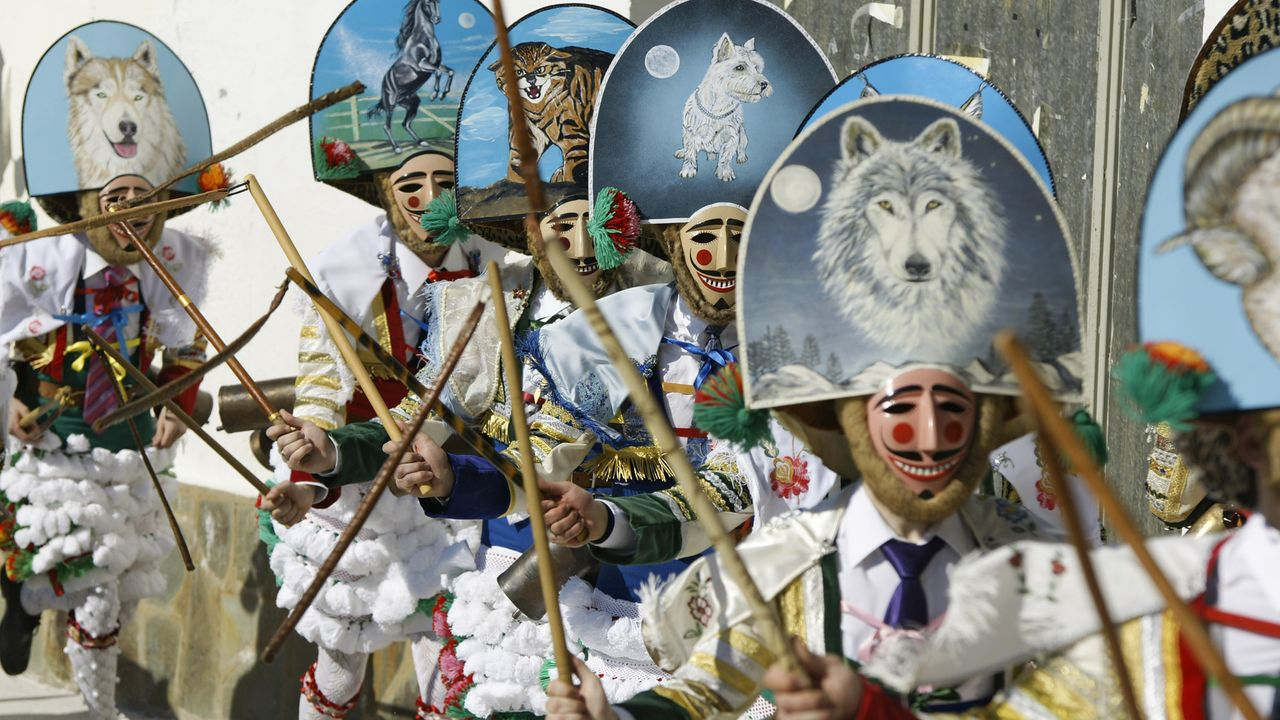 Carnaval en A Coruña.Protesta de Asturias Laica a la salida de la misa patronal de San Pedro, en Gijón