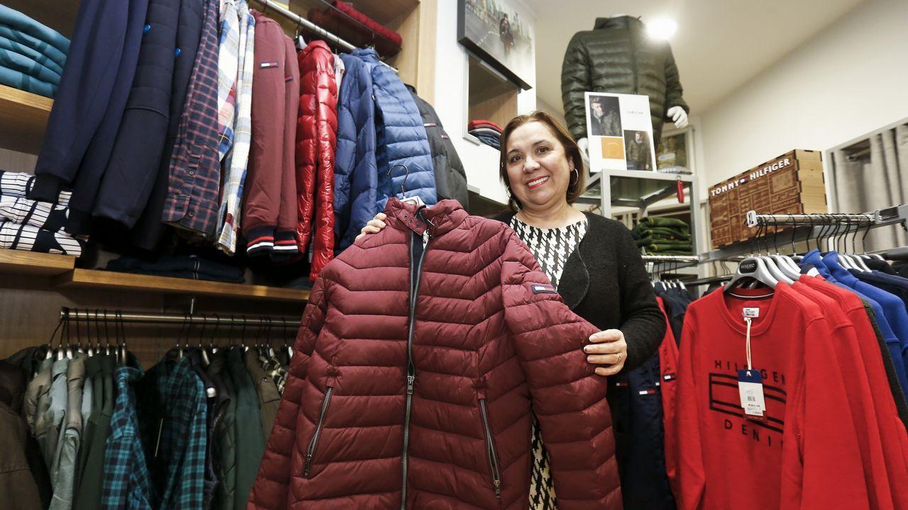 La tienda de moda. «Nos va a repercutir de forma muy positiva a los comerciantes, porque hay mucha gente fiel a nuestras tiendas», dice Mariví Sanjurjo.