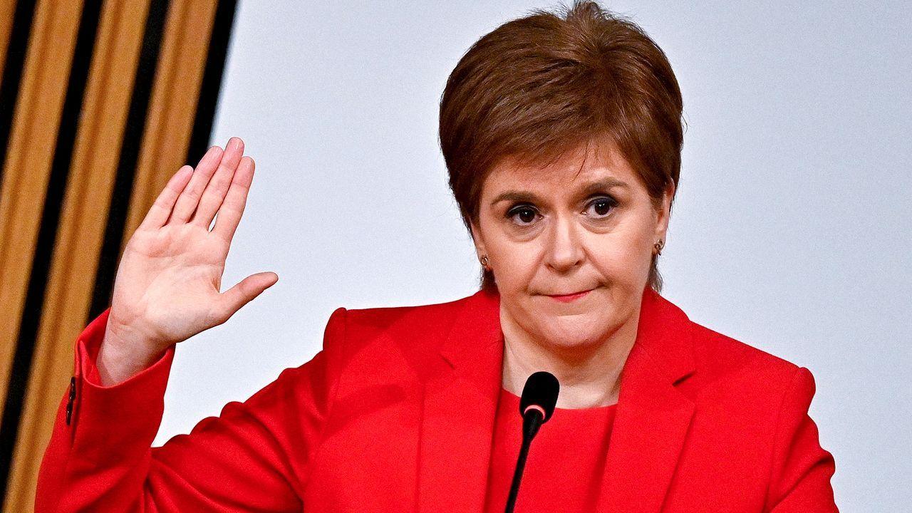 Nicola Sturgeon, durante su intervención este miércoles en el Parlamento de Edimburgo