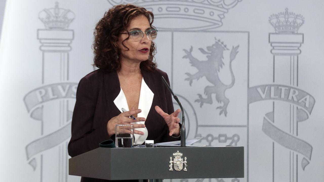 Feijoo, con la ministra de Hacienda, María Jesús Montero