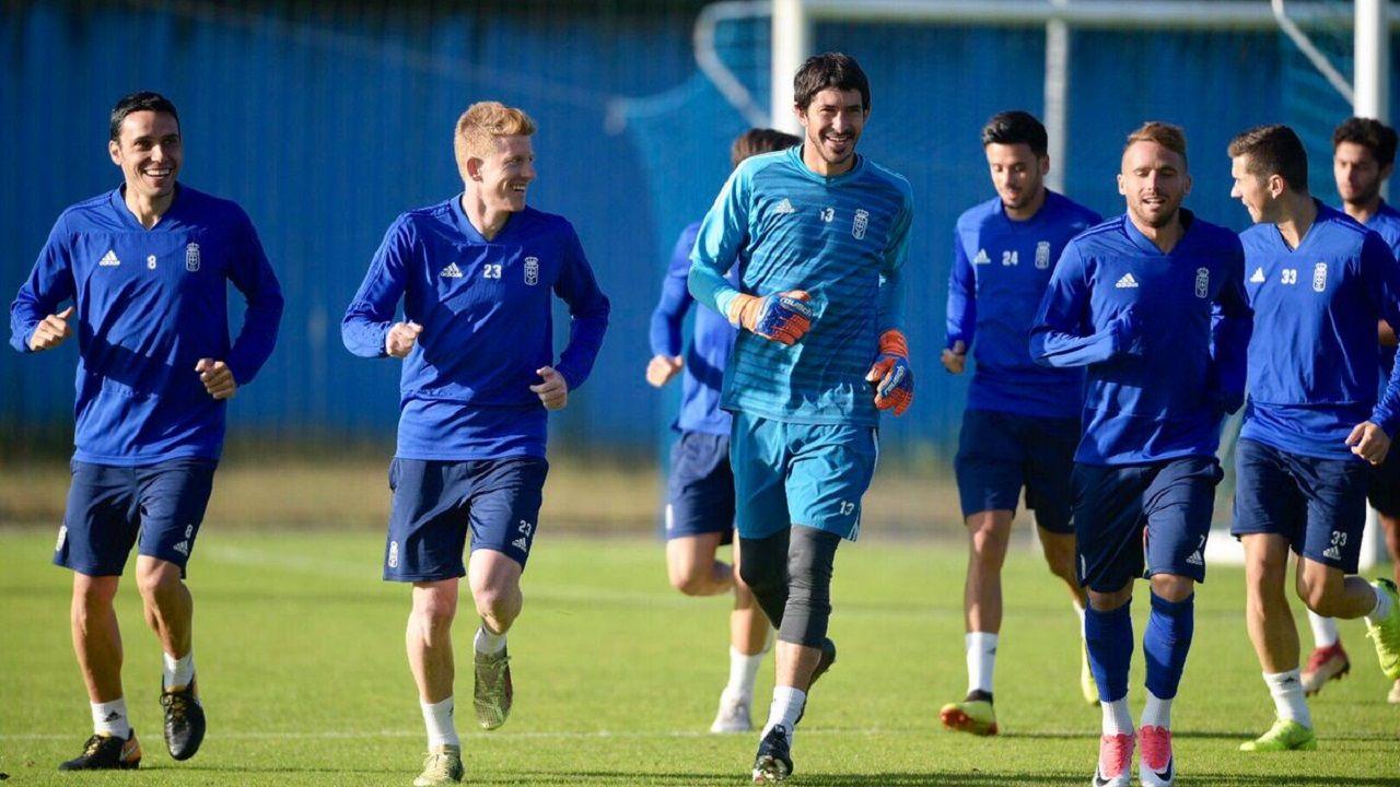 Gol Saul Berjon Javi Hernandez Ibrahima Balde Real Oviedo Osasuna Carlos Tartiere.Los jugadores del Oviedo en El Requexón
