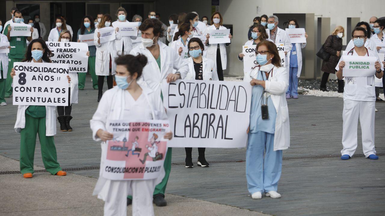 Manifestación en el HULA contra la precariedad laboral