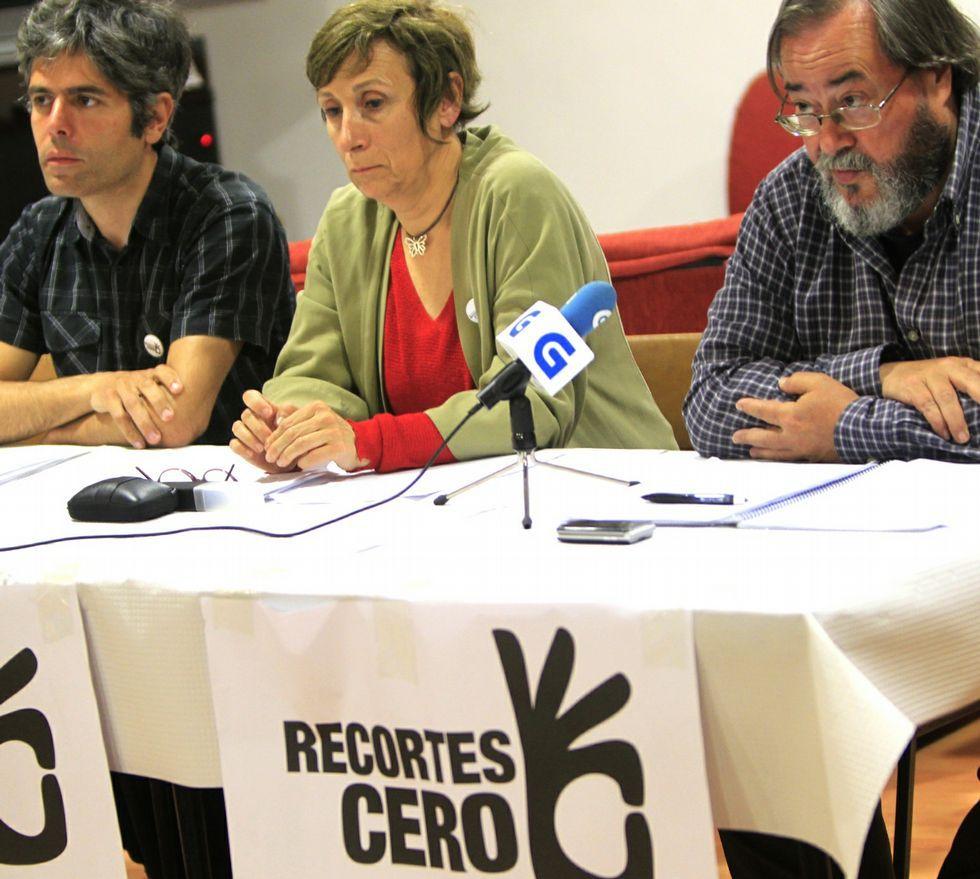 Gañemos inició la campaña en O Calvario, y Recortes Cero la presentó en rueda de prensa.