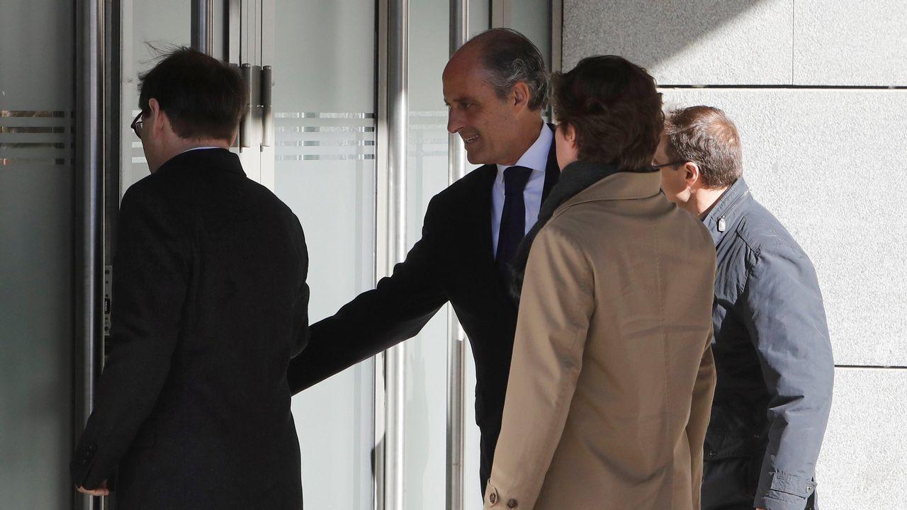 El expresidente de la Generalitat valenciana Francisco Camps, a su llegada para comparecer como testigo en el juicio de Gürtel