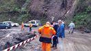 El vicepresidente del Principado, Juan Cofiño, visita zonas afectadas por las lluvias en Llanes