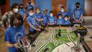 Los dos equipos pobrenses (en la imagen) y uno de Ribeira competirán hoy en la final gallega de la First Lego League