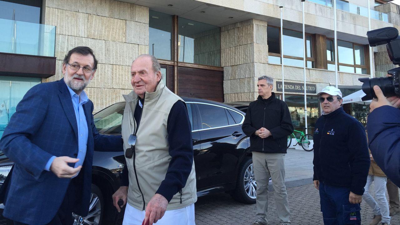 En marzo del 2016 el rey emérito coincidió en el Náutico de Sanxenxo con Mariano Rajoy, que almorzaba allí con Javier Arenas