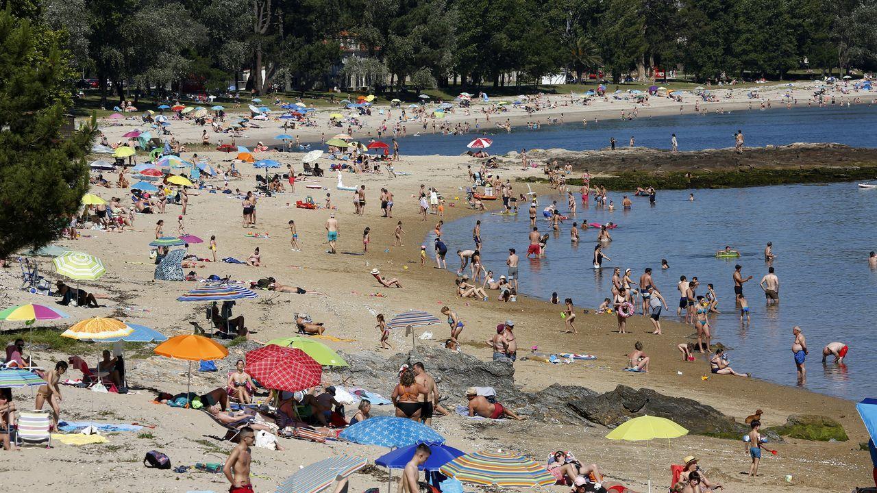 La Xunta pide extremar las precauciones ante el primer fin de semana sin límite en las reuniones.Terraza del Gramola, en Pontevedra