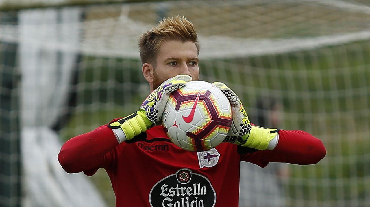 Las fotos del Deportivo - Mallorca.Saúl ha evitado comentar su posible marcha al Alavés