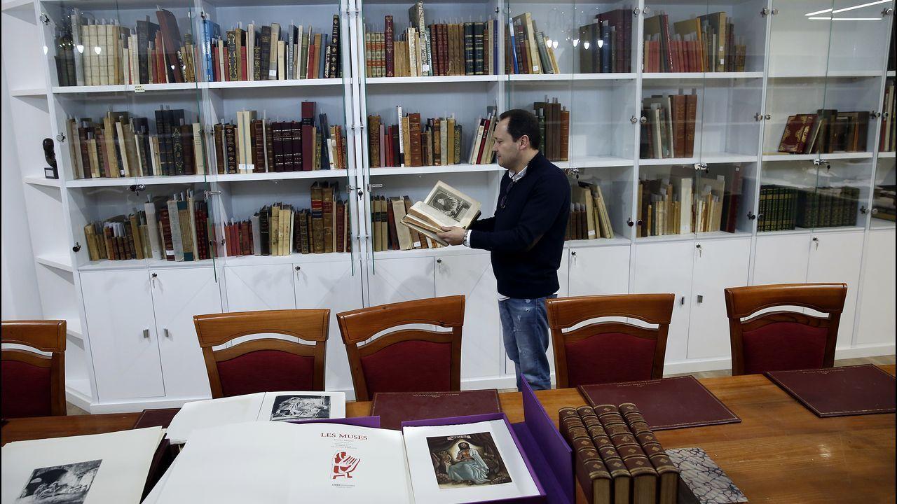 Blanca Vila ha realizado la ilustración para el merchandising de Las Meninas.Noé suelta la paloma. Mosaico del siglo XIII en el pórtico del atrio de la basílica de San Marcos de Venecia