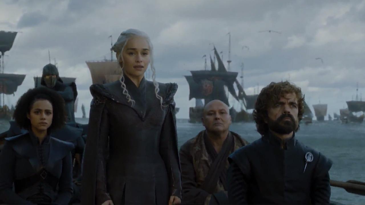 El abogado de Puigdemont, Gonzalo Boye, tuvo que presentar su documentación en el registro como le ordenó una funcionaria de la Junta Electoral.Missandei, Daenerys, Varys y Tyrion en el episodio 7x01 de Juego de Tronos